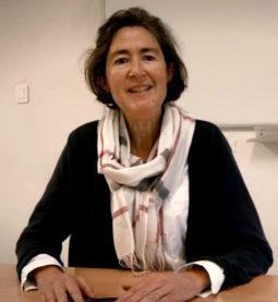 claire-lebrethon-professeur-de-lettres